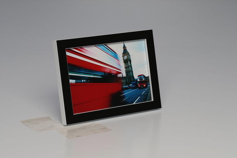 Foto-Rahmen 10 x 15 Schwarz mit Weisser Kante